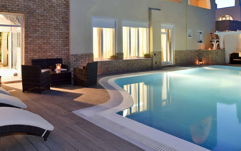 Properties with Private Pools